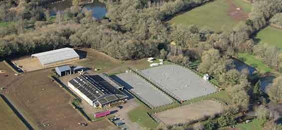 Centre equestre de Carhaix situé en Bretagne dans le Finistere